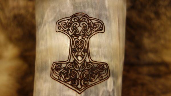 Branding keltischer Knoten Thorshammer