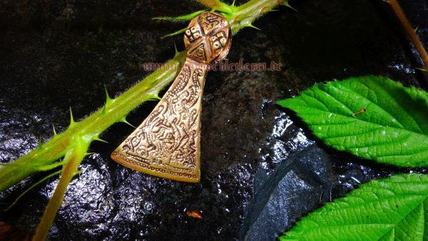 Anhänger HALVARD Axt aus Mammen aus Bronze