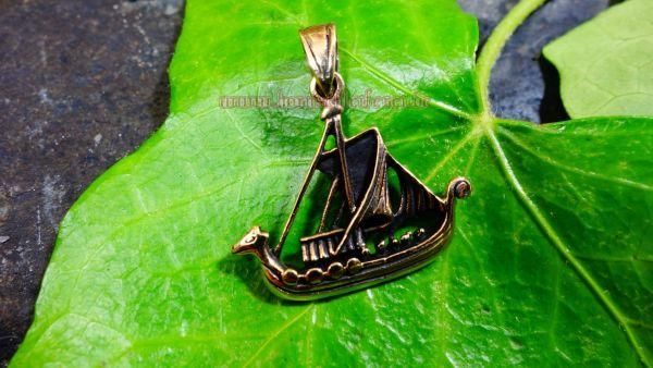 Anhänger NAGLFAR Wikinger Drachenschiff aus Bronze