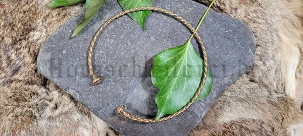 Torques TRISTAN Ø 14 cm Keltischer Halsreif aus Bronze
