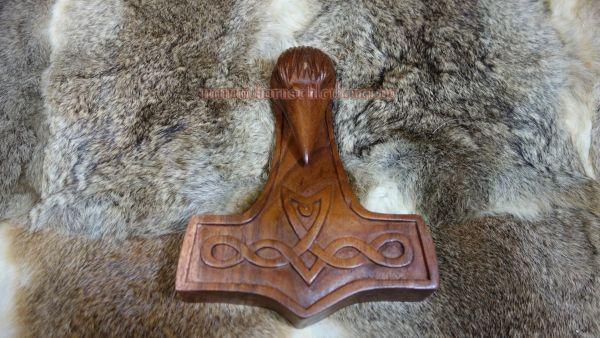 Rabenhammer aus Holz, Wanddeko