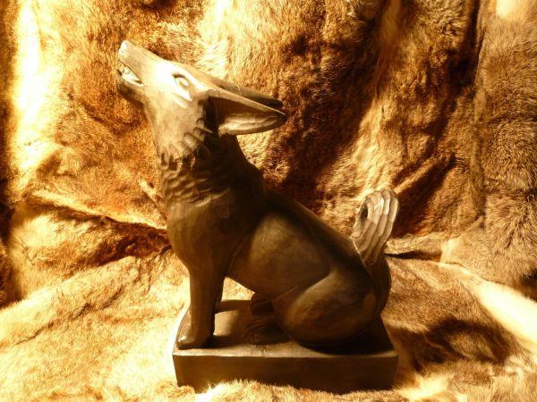 Trinkhornständer Wolf, schwarz